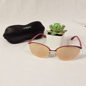 💖 Vogue Rose Gold Mirrored Sunglasses